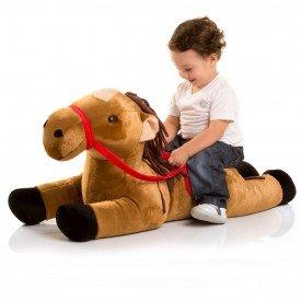 cavalo de pel cia 85 cm latino com r dea vermelha