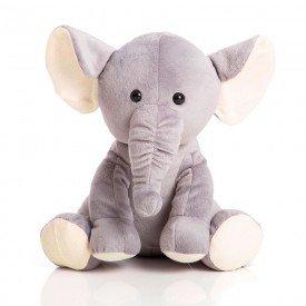 elefante com bege
